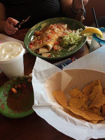 El Mariachi Mexican Restaurant: photo6.jpg