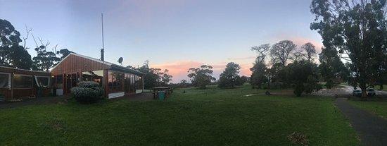 Seddon, Australia: dusk