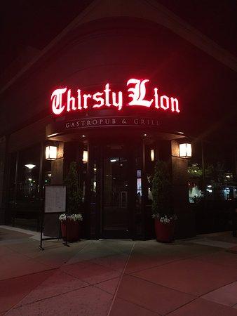 Thirsty Lion Gastropub and Grill: Restaurant facade
