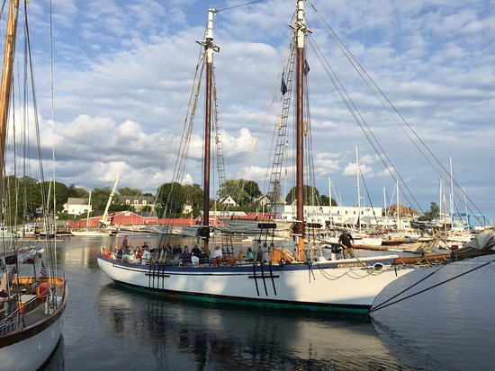 Schooner Appledore II Windjammer Cruise: photo1.jpg