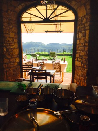 Chiaveretto, Italia: The view while cooking