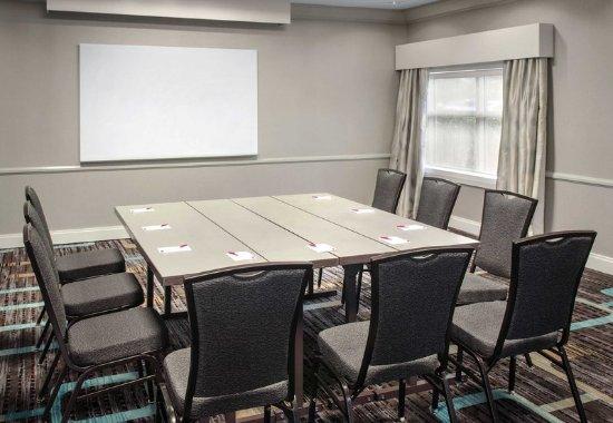 Residence Inn Newark Elizabeth/Liberty International Airport: Meeting Room