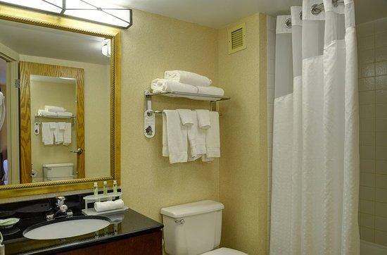 Lawrence, MA : Guest Bathroom