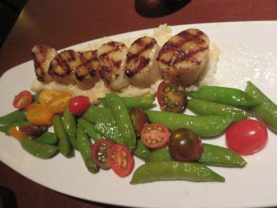 Burlington, MA: Scallops Risotto and vegetable medley