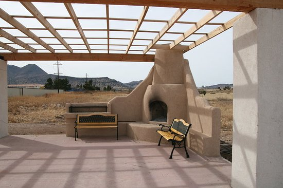 Alpine, TX: OUTDOOR PATIO