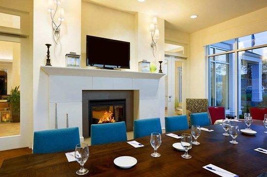 Auburn, Nova York: Lounge dining