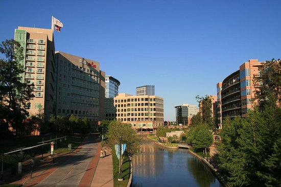 The Woodlands, TX: The Waterway