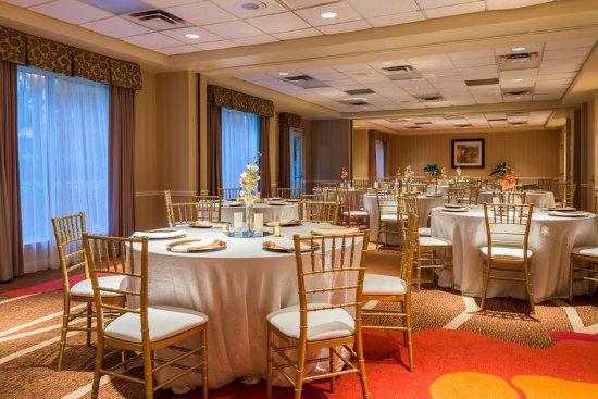 Hilton Garden Inn Atlanta North/Alpharetta : Banquet Setting