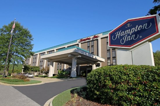 Hampton Inn Birmingham-Colonnade 280: Hotel Entrance