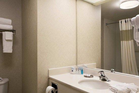 Bedford, PA: Bathroom