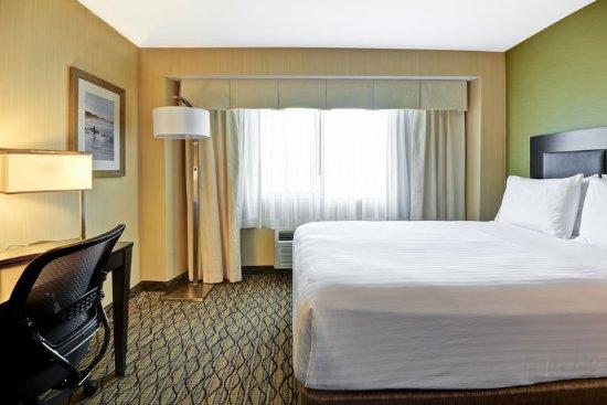 Holiday Inn Express Newport Beach: Spacious room