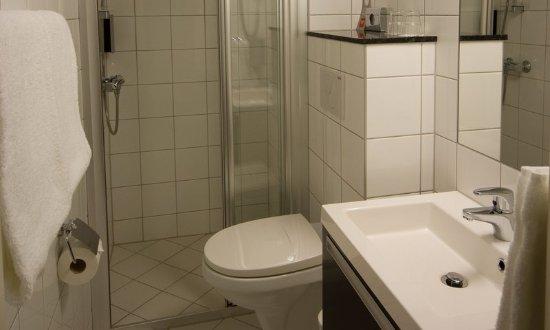 Levanger, Norge: Bathroom