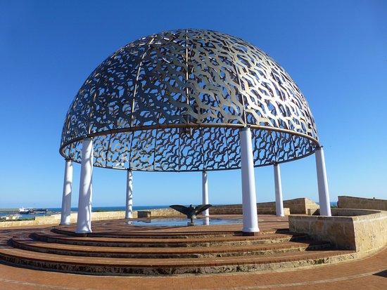 Geraldton, Australia: Memorial