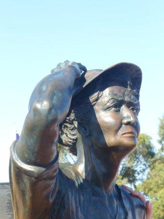 Geraldton, Australia: The waiting woman