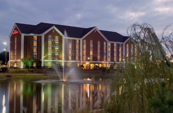 Hilton Garden Inn Jackson/Madison: Hotel Exterior