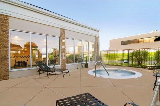 hilton garden inn knoxville westcedar bluff hot tub - Hilton Garden Inn Knoxville