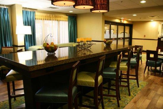 Edenton, Kuzey Carolina: Diing Table