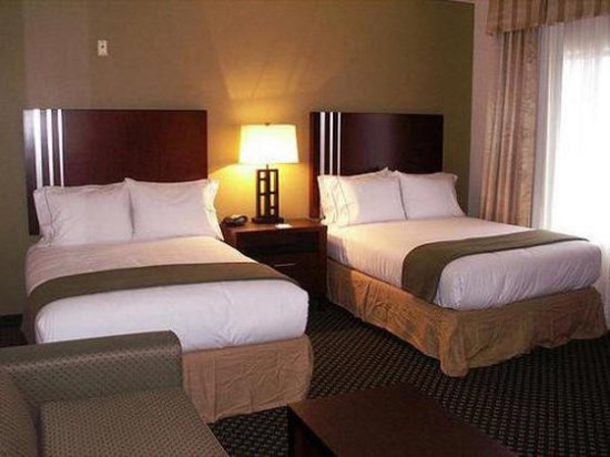 Holiday Inn Express and Suites Indianapolis East: Double