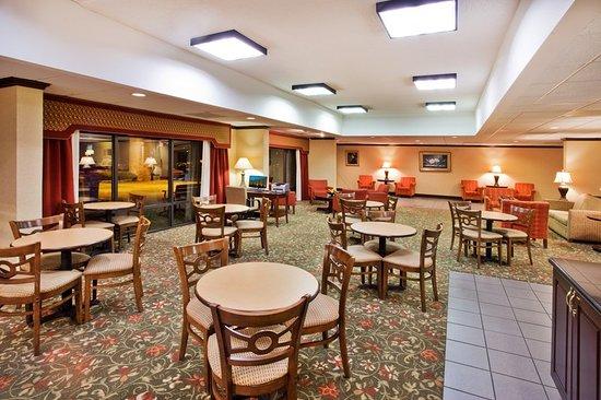 Douglasville, GA: Breakfast Area