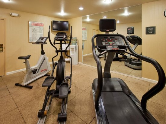 Belmont, CA: Maintain your fitness routine with our 24hr fitness center