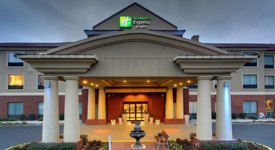 Laurel, MS: Hotel Exterior