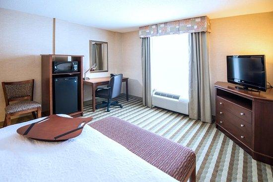 Presque Isle, ME: Standard King Room