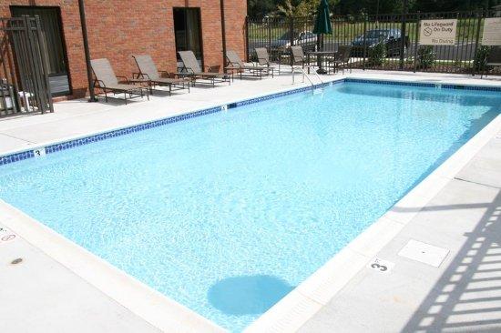 Jacksonville, AL: Pool