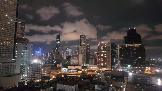 Centre Point Hotel Silom: 20170905_194604_large.jpg