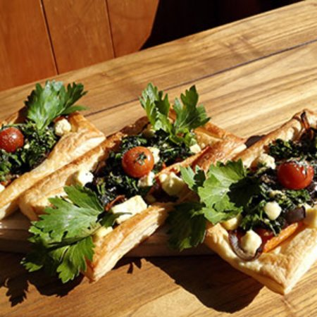 New Brighton North, New Zealand: Seasonal vegetarian galettes.