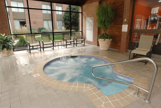 Indoor whirlpool  Indoor Whirlpool - Picture of DoubleTree by Hilton Hotel Syracuse ...
