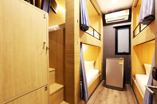 Four Bunk Beds With Shared Bathroom Picture Of The Printing House