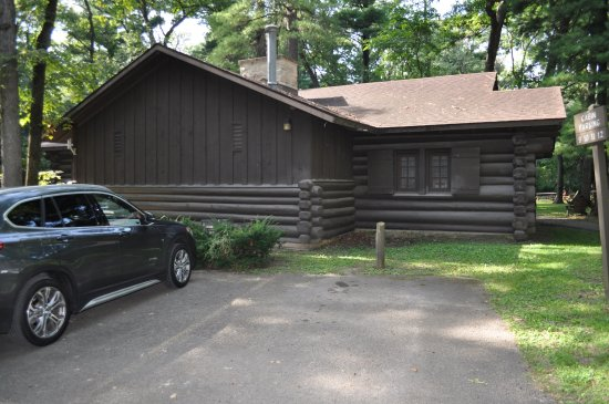 Mount Morris, IL: Cabin