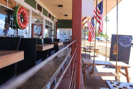 Ma'alaea General Store & Cafe : photo1.jpg