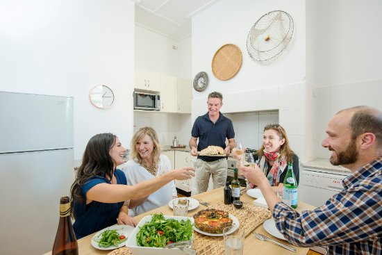 Glenelg, Australia: The kitchen in 2 Olive Court
