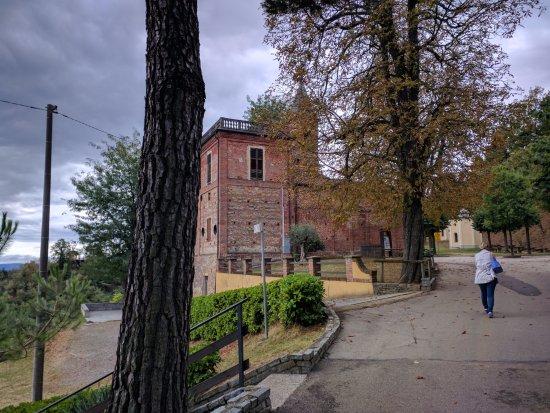 Monta, อิตาลี: Santuario Dei Piloni