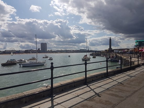 ‪Margate Harbour Arm‬