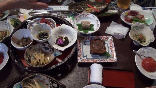 Yuzawa, Japan: 山菜料理の数々