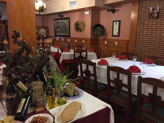 Brihuega, Ισπανία: Vista interior del restaurante