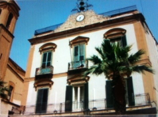 Porto Empedocle, Italie : Facciata esterna ....