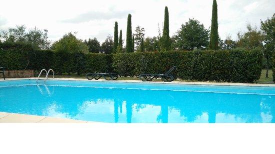 Fucecchio, Italien: Una delle due piscine della struttura