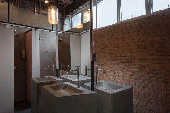 Minimis Hostel Woman Share Bathroom For Dormitory