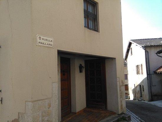 Cuiseaux, France: Entrée