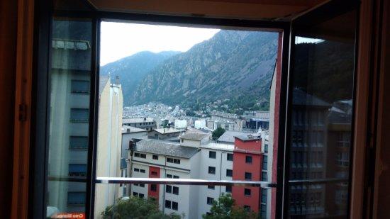 Hotel Espel: Vista da janela do quarto.