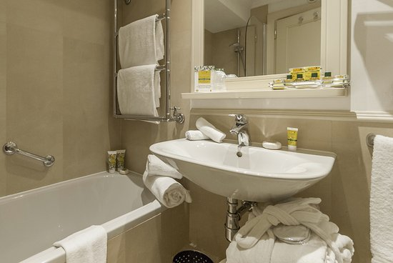 Hotel Laurus al Duomo: Bathroom, Double Room with view