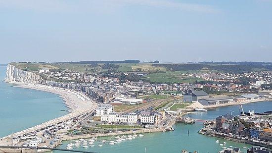Vue panoramique: Vue sur Mers et le port
