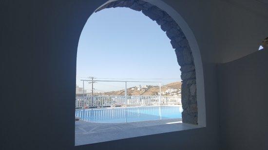 Terrazzo chiuso stanza 109 - Picture of Mykonos Essence Hotel, Ornos ...