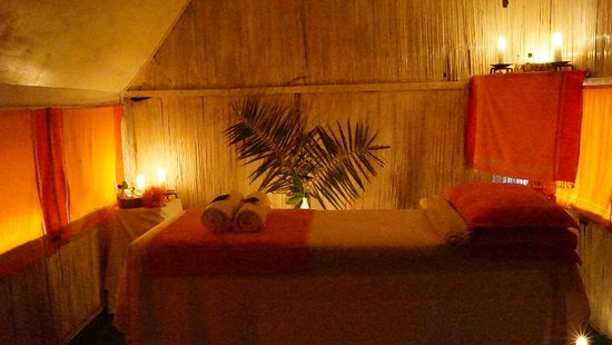 Siana Springs: after a long journey on the bumby roads, a massage can do.. the best ever
