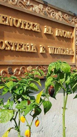 Enoteca Al Duomo: peperoncini produzione propria