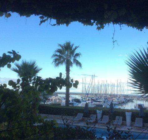 Hotel Azur: Vue de la chambre 110