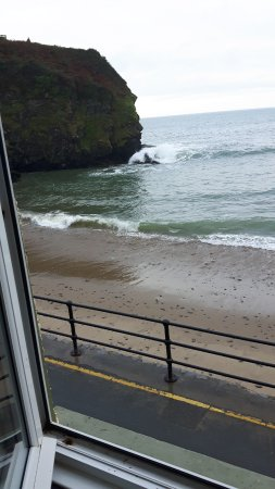 Llangrannog, UK: SW From our bedroom